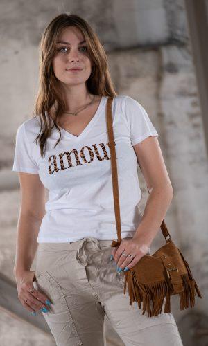 amour-t-shirt-v-hals-wit-panter-print-katoen-shirt-muts-fashion-groningen