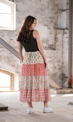 rok-stroken-lang-wijd-ibiza-bohemian-style-koraal-ecru-rose-muts-fashion-groningen